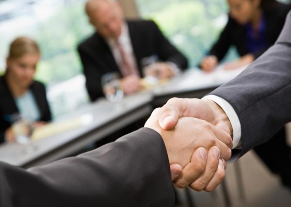 Какое доверие способен оказать собеседник?